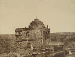 [Qila-i-Kuhna] Musjeed, Old Fort, Delhi.